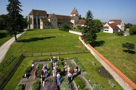 Luftaufnahme Kräutergarten und Münster